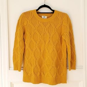 Old Navy Chunky Knit Mustard Gold Sweater, Size M